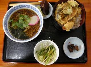 温かいおそば+天丼セット13.JPG